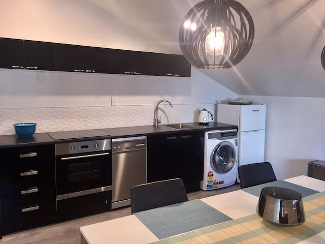 Quiet, stylish & central with free parking - Wellington - Appartement