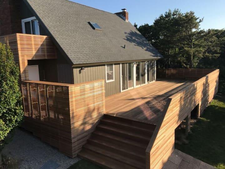 Amagansett open, airy Modern Beach house