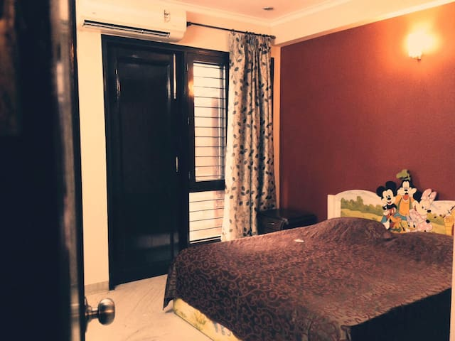 Perfectly Priced - New Delhi - Appartement