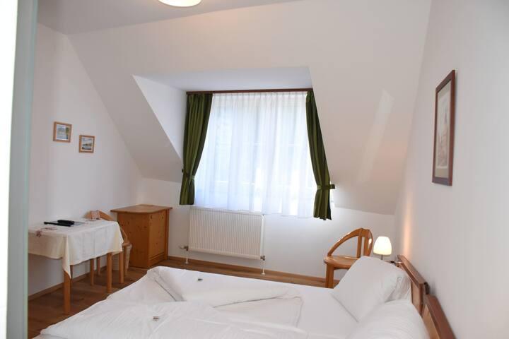"""Doppelzimmer """"Vogelberg"""" 7"""
