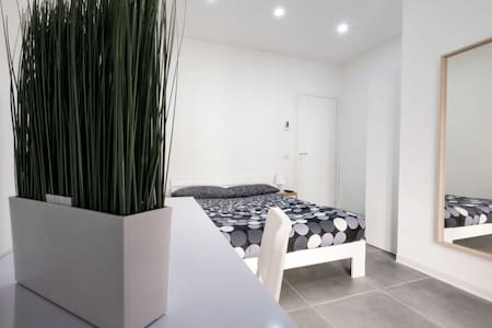 Aduepassi - nuovo Appartamento - 2 posti e bagno