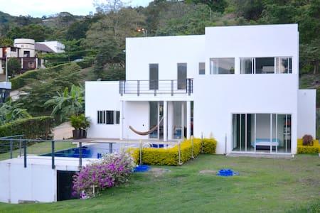 Casa en La Mesa  - Via Anapoima - La Mesa