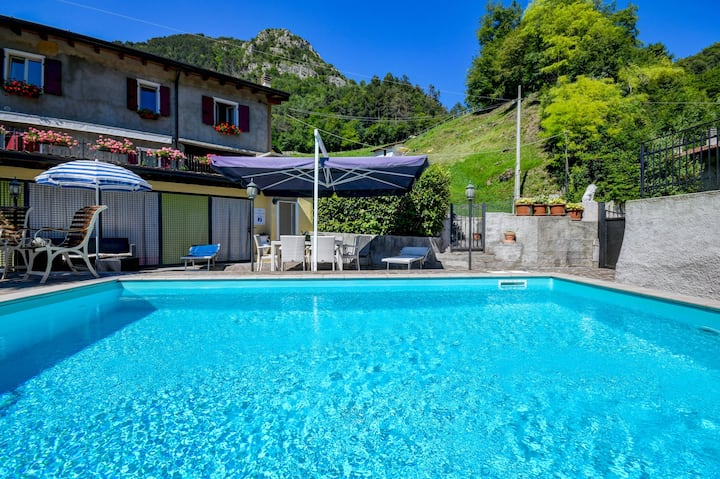"""Beautiful Apartment """"Residence Tatiana Dependance"""" with Pool, Terrace, Mountain View & Wi-Fi; Pets Allowed, Parking Available"""