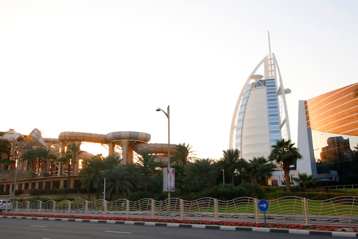 R&H - 4BR Luxury Villa, Burj Al Arab, Beach,
