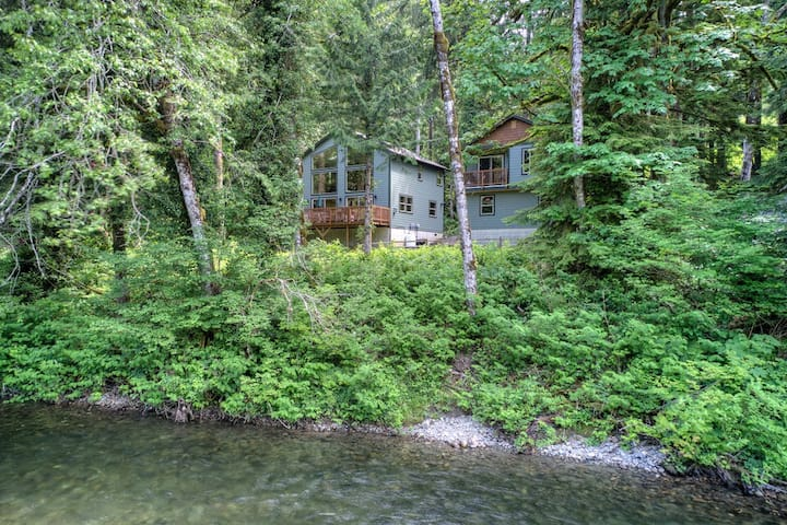 TWO riverfront view homes for up to 8 guests and pets! Each w/ hot tub & more!