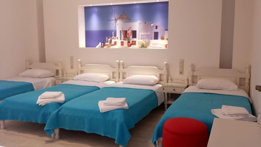 Margo's Large (5) bed Studio