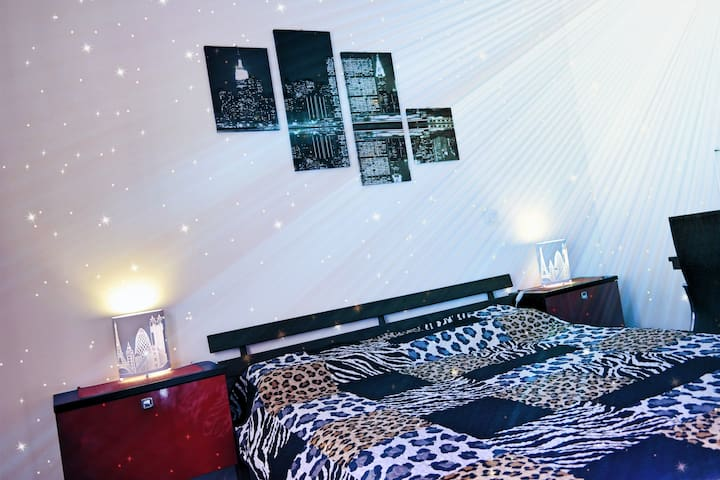 Romantic Room Mia 1 :)