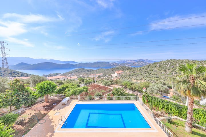3House Apart, 2+1 with Seaview & Pool