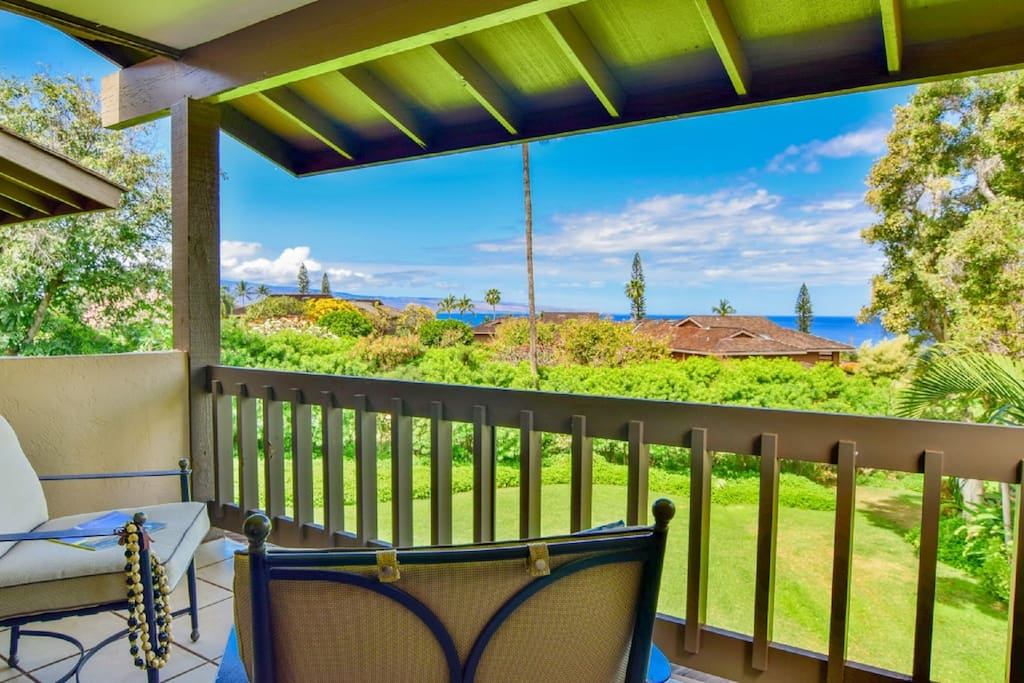 Daytime Peekaboo Ocean Views From Master Bedroom Lanai!