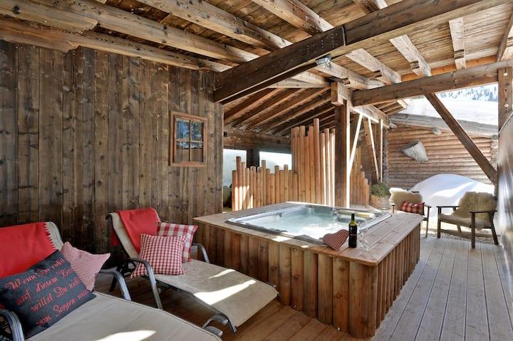romantisches Almnest im Skigebiet mit Private Spa
