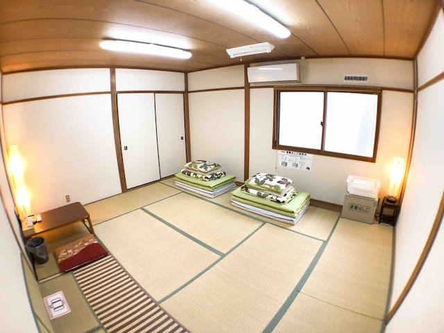 Shared House Room1 8-min 700m from Osaka Station