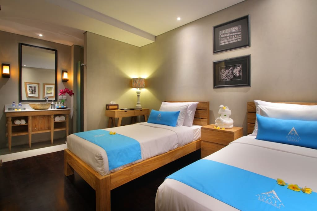 2 Single Bed (2nd room)