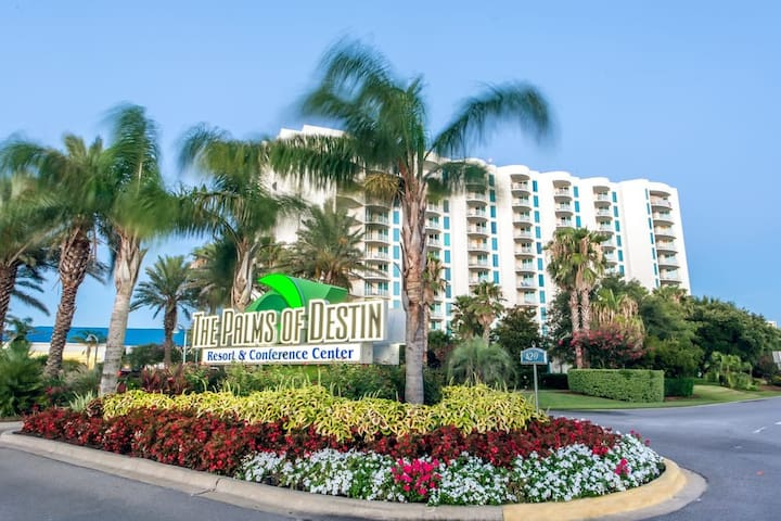 Relax and Enjoy Perfection-at the Palms of Destin