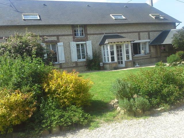 Chambre dans Propriété Equestre - Boisset-les-Prévanches - Casa