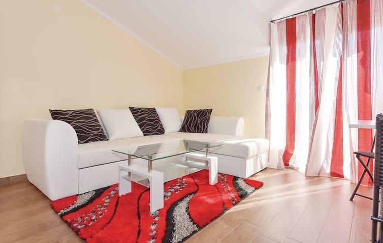 Apartment SAX 2 (2+1) 30m2, Jezera - Jezera - Byt