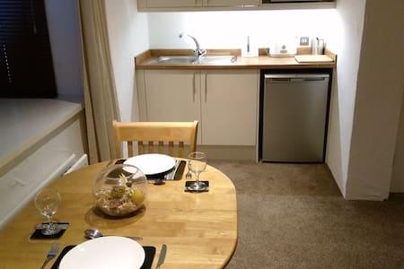 Luxury Self Catering Studio with En-suite & Bath - Seaton Carew