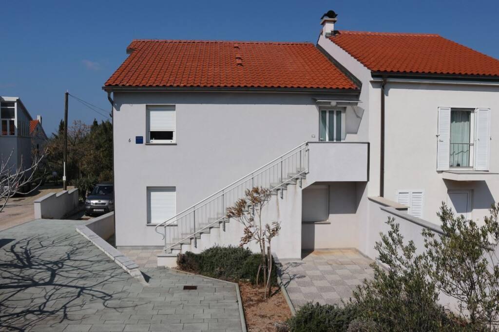 Kuća 2