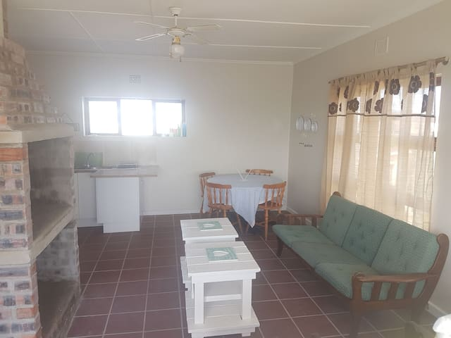 Comfortable spacious 3 bedroom apartment to rent!