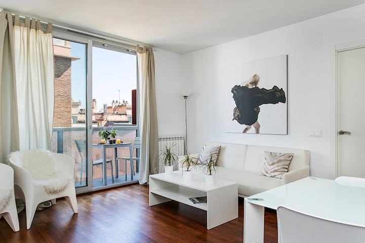DESING PENTHOUSE IN CENTRE OF BCN - Barcelona - Wohnung