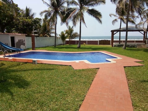 Beach House - Casa de Playa (4 cuartos)