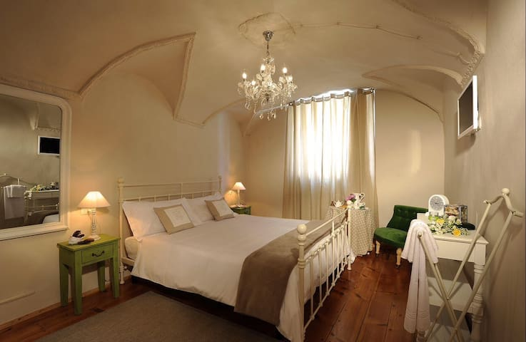 B&B Sant'Agostino, Room2 - Mondovì - Bed & Breakfast