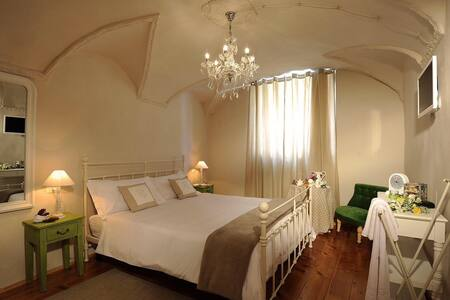 B&B Sant'Agostino, Room2 - Mondovì - Bed & Breakfast