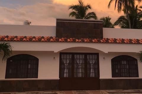 HAPPY PLACE, Playa Punta Perula, casa para 10