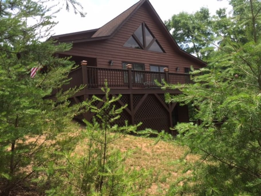 Fishing bear lodge in the springs houses for rent in for Murphy s hook house fishing report