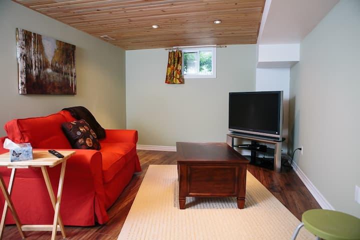 Cozy Basement Suite