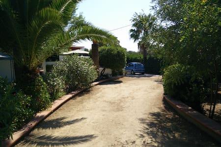 Casa Vacanze - Villa al Mare, Litoranea Salentina - Leporano Marina - Casa de camp