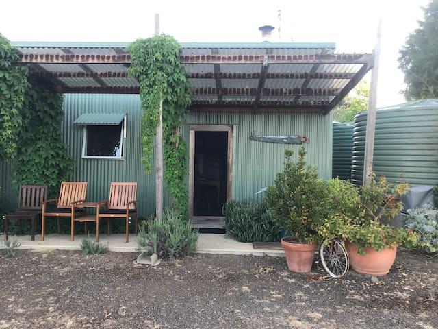 Kawarren Farmstay - Bungalow