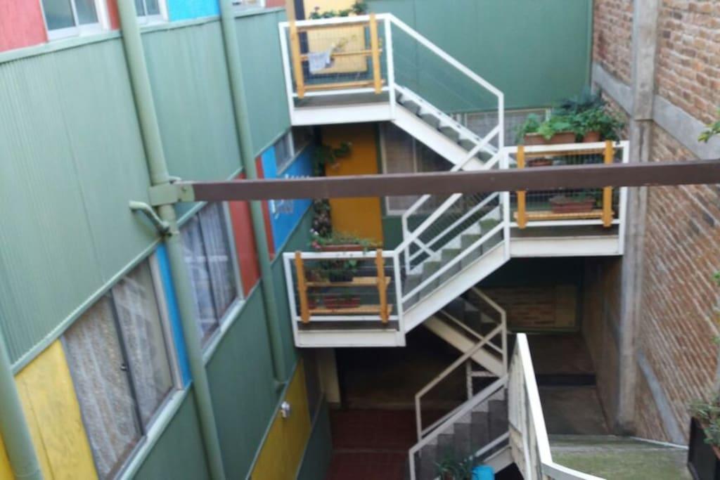 acceso loft condominio La Igualdad