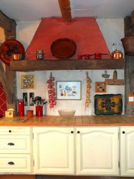Well equipped farmhouse kitchen