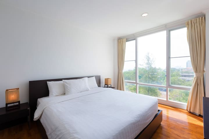 Baan SanPloen HuaHin Condo 2 Bedrooms, Pool View-F