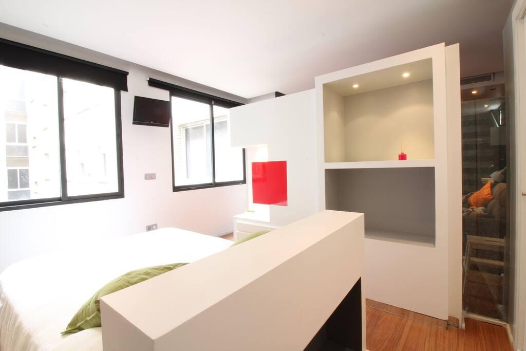 Apartamento con piscina en barrio salamanca apartamentos for Apartamentos en madrid con piscina