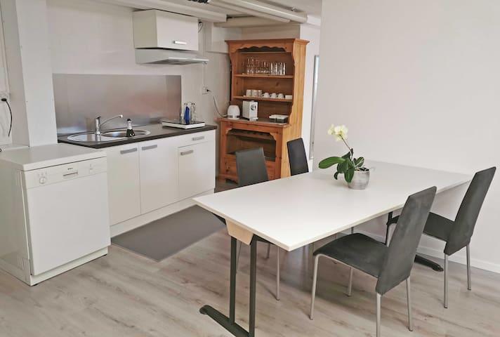 Studio in Zweifamilienhaus im Grünen
