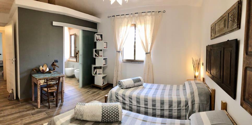 Camera da letto doppia 1 con bagno privato