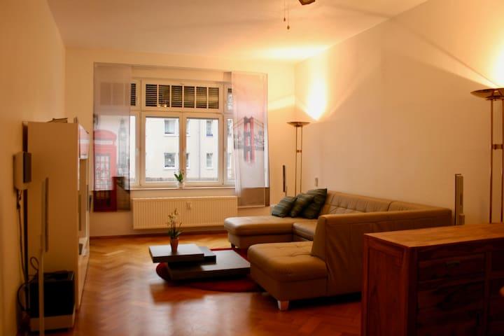 Gemütliche, helle Wohnung. Bright and cozy flat