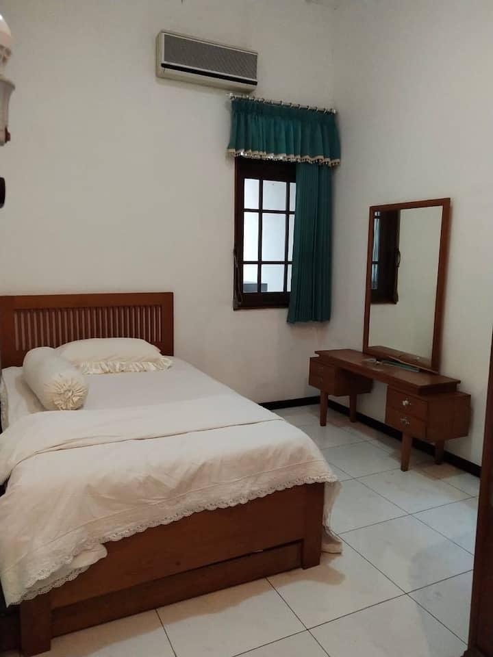 Kartini Private Room LB#3