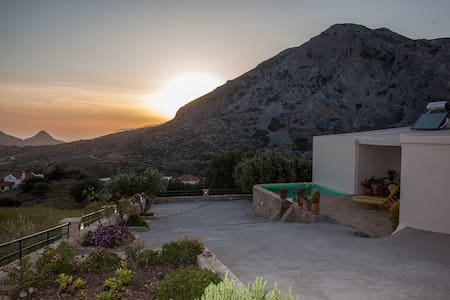 Villa with fantastic view to Libian sea & mountain - Δριμισκος - Vila