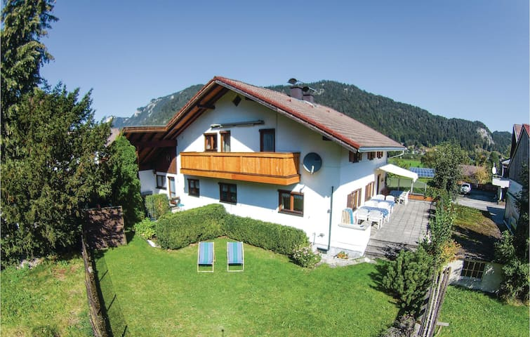 Holiday cottage with 5 bedrooms on 180m² in Vils