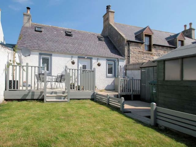Spey Cottage small double room