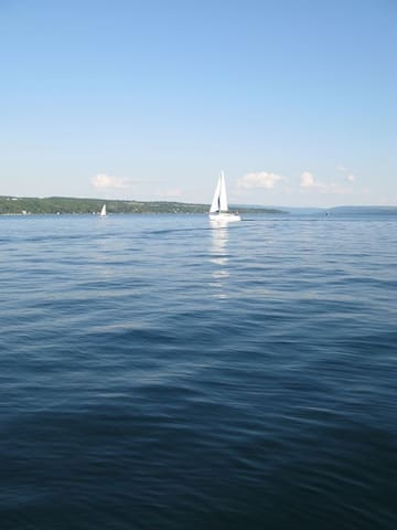 Skaneateles Lakefront Cottage (Close to village) - Skaneateles - Huis