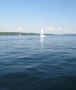 Skaneateles Lakefront Cottage (Close to village) - Skaneateles - Dom