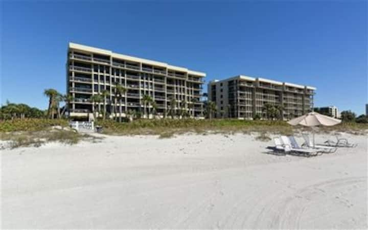 Beautiful beachfront condo on Longboat Key, FL!!!