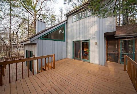 Contemporary Home Near Warren Dunes
