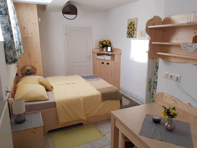 Triple Room with private bathroom- Mama's House