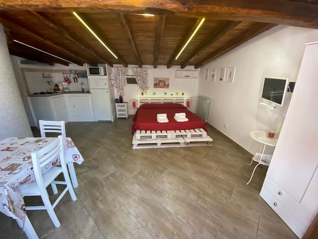 Mini appartamento 2. Grottaferrata, RM. ID 3900
