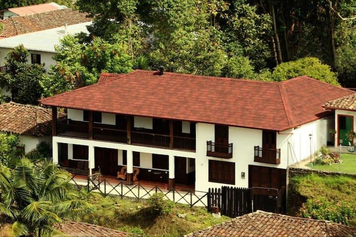 La Casa de Jeronimo II