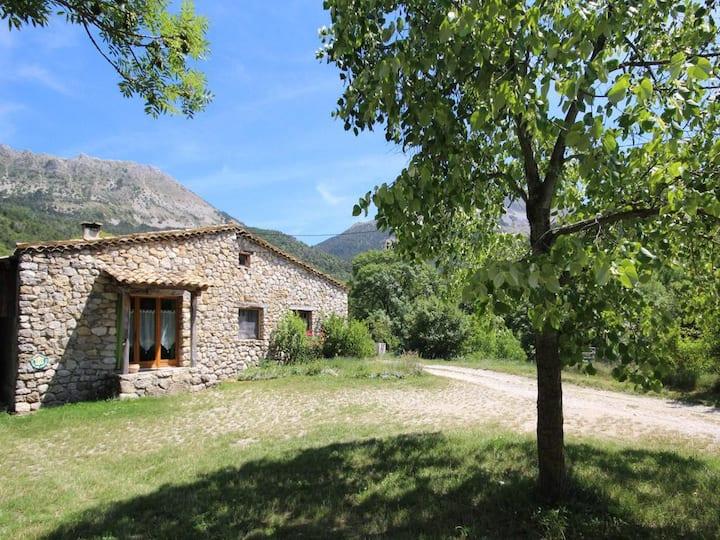 La Castelle - Ponan : Gîte à la campagne